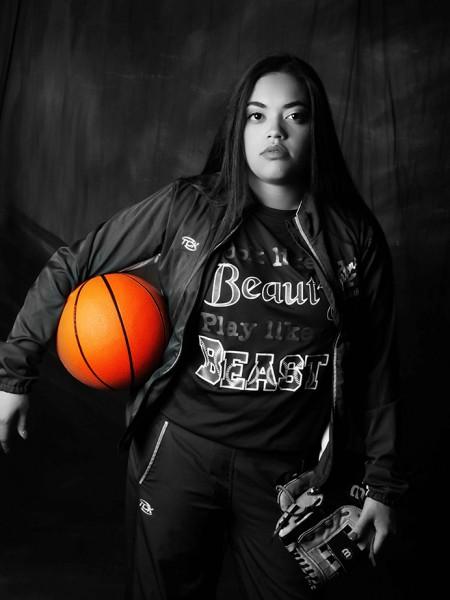 Girls_Senior_Pictures_Basketball_Softball_Glamour_Shots