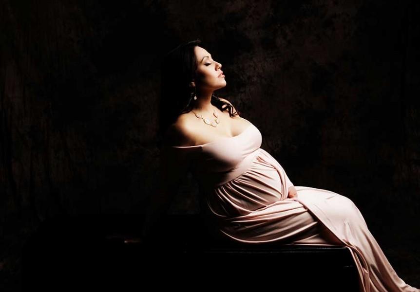 Glamour_Shots_Maternity_Pink_Dress