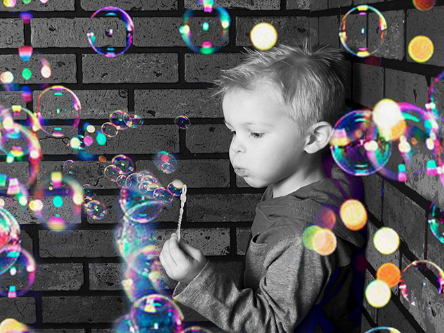 kids_portraits_bubbles_greenbay_glamour_shots